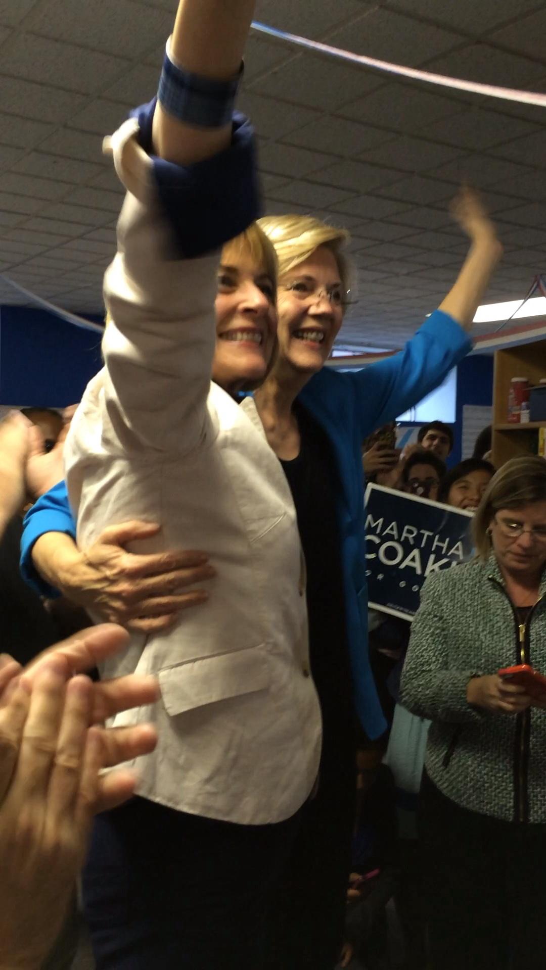 Elizabeth Warren endorses Martha Coakley